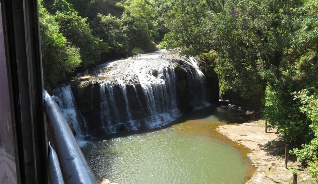 【徹底解説】グアムにある謎の観光施設「タロフォフォの滝公園」