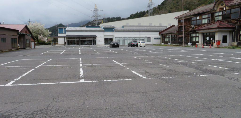 はんざきセンターの駐車場
