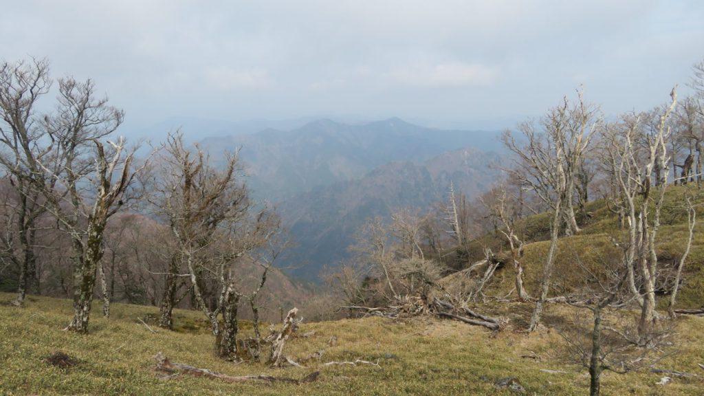 釈迦ヶ岳道中からの景色